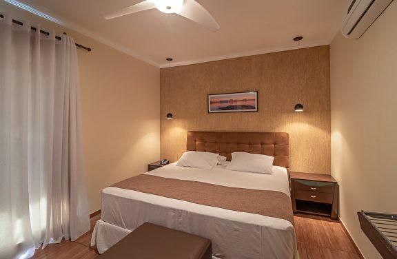 suite-queen-pousada-do-lago (1)