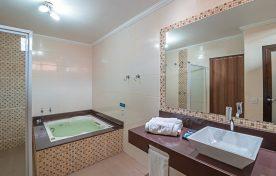 suite-queen-pousada-do-lago (20)